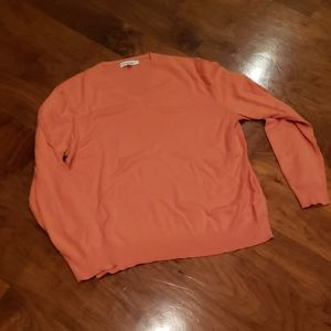 CALVIN KLEIN LARGE V NECK SWEATER